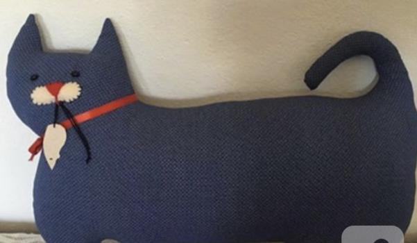 oyuncak-kedili-yastik-modelleri