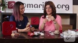 Video: Keçe kumaş bebek takı yastığı nasıl yapılır?