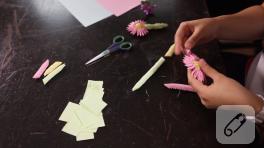 Video: Modüler origami ile çiçek nasıl yapılır? – 2