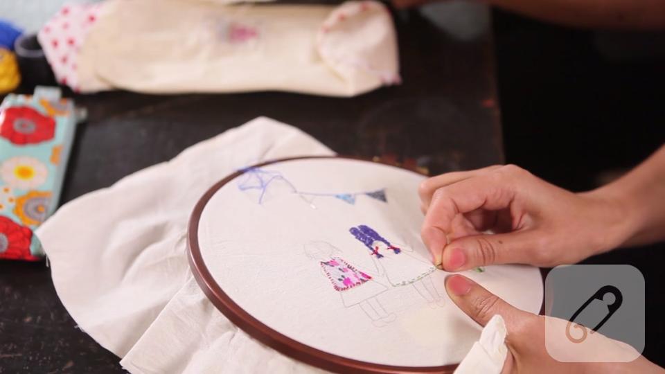 Video: Düz nakış işleme nasıl yapılır?