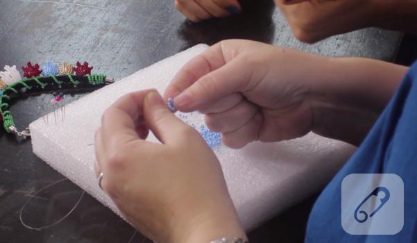 Video: Boncuk lale yapımı