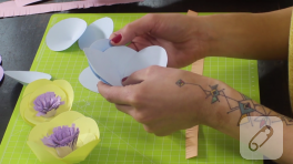 Video: Kağıt nilüfer çiçeği yapımı