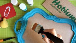 Video: Polyester boyama, poşetle ahşaba doku verme nasıl yapılır?